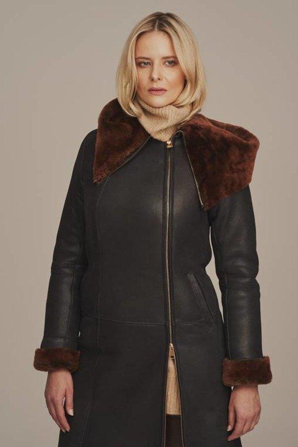 Dámský zimní kabát z ovčí kůže - Kožich dubeňák