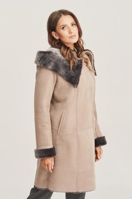 Women's sheepskin coat