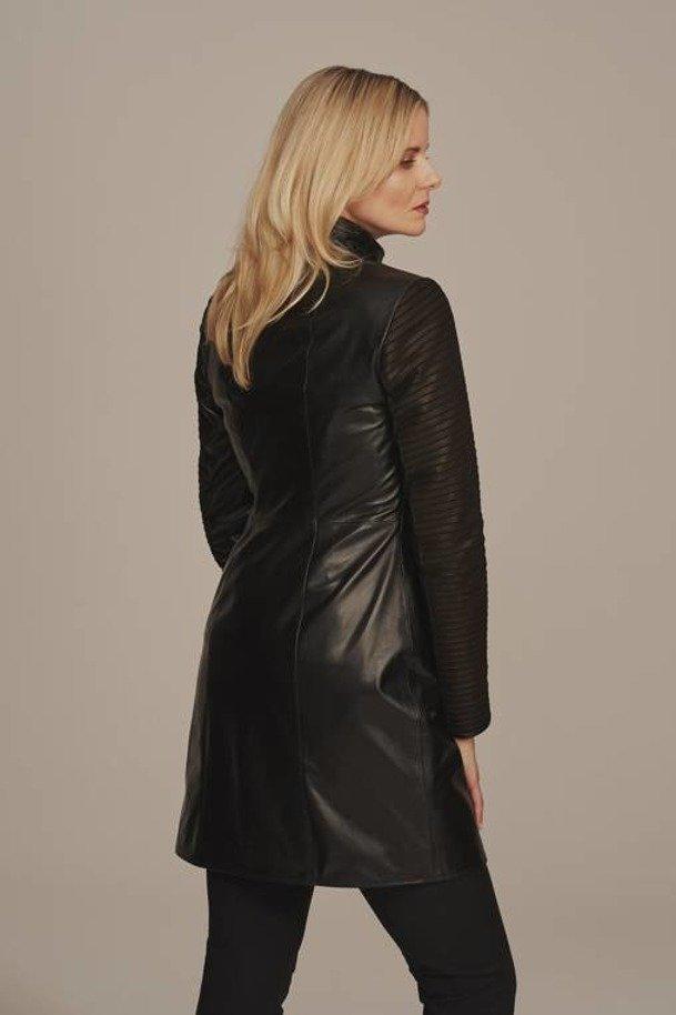 Dámsky čierny kožený kabát